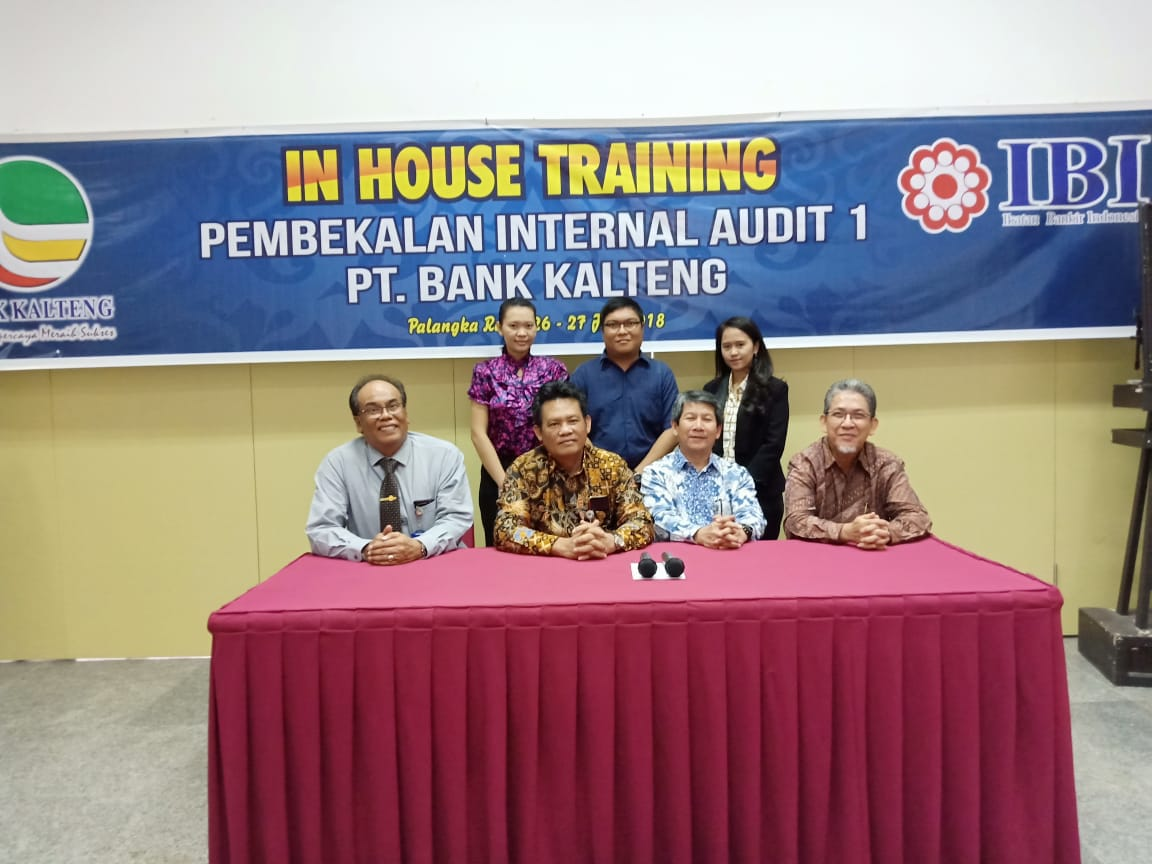 PEMBEKALAN INTERNAL AUDIT 1 DARI PT. BANK KALTENG
